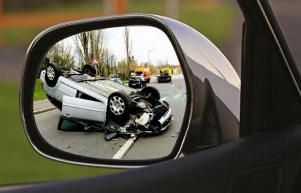 تفسير حلم حادث السيارة في المنام