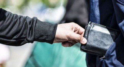 تفسير حلم السرقة في المنام للمتزوجة