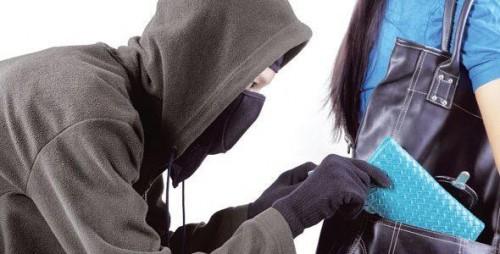 تفسير حلم السرقة في المنام للمطلقة
