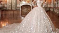 تفسير حلم شراء فستان فرح في المنام