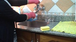 تفسير حلم تنظيف المطبخ القديم في المنام