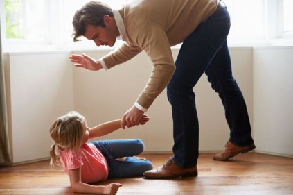 تفسير حلم اني ضربت بنتي في المنام