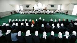 تفسير حلم الصلاة وراء الإمام في المنام