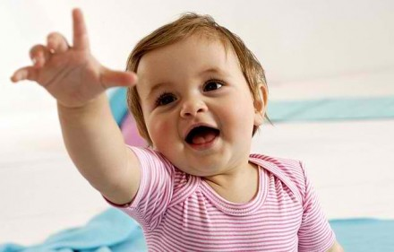 تفسير حلم أن ابنتي الرضيعة تتكلم في المنام