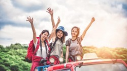 تفسير حلم السفر مع الأصدقاء في المنام