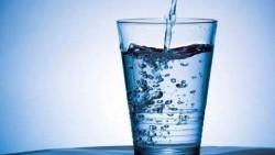 تفسير حلم شخص اعطاني ماء مرقي في المنام