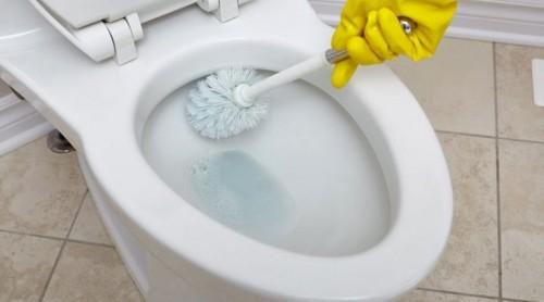 تفسير حلم رؤية تنظيف المرحاض في المنام للحامل