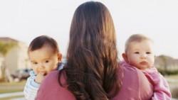 تفسير حلم رؤية انجاب التوأم في المنام للحامل