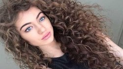 تفسير حلم الشعر الطويل المجعد في المنام